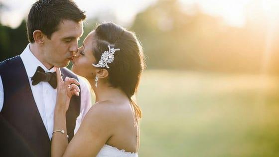 coppia di sposi eleganti