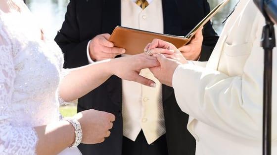 Celebrante Matrimonio Simbolico Roma : Celebrante per il matrimonio civile o simbolico quando puoi farne